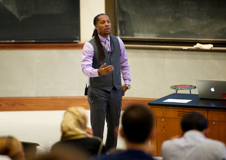 College of Science hosts 4th annual Diversity, Culture and Religion in Science course