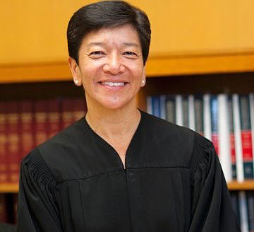 Washington Supreme Court Justice Mary Yu, '93 J.D., shares key insights with students
