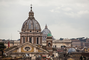Scholars gather in Rome to bridge migrant issues