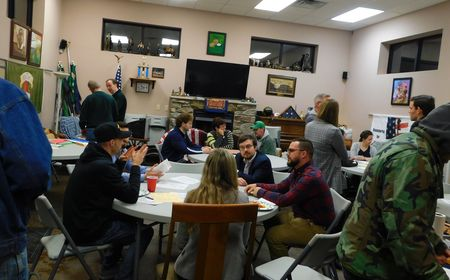 ND Law students host legal aid event for local veterans