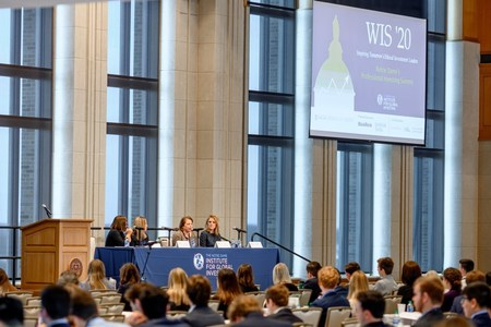 Women's Investing Summit's new format opens up event to more students, speakers